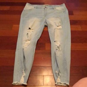 Distressed jeans size 20